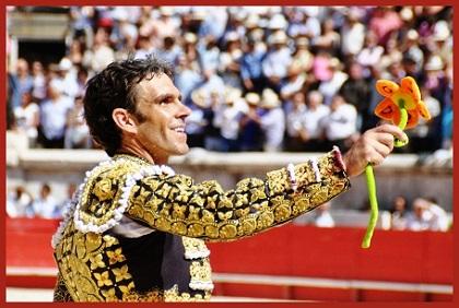 http://www.torofiesta.com/images/1-jos%C3%A9_tom%C3%A1s30x45.JPG
